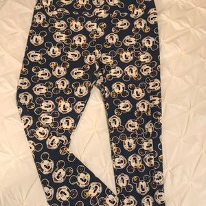 LuLaRoe Disney Mickey Multicolor leggings